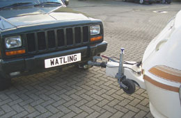 Hitching up a Caravan with Front Towbar