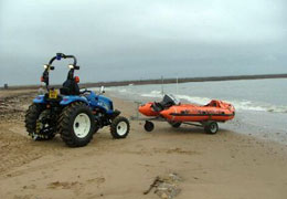 RNLI boat launch using front push towbar